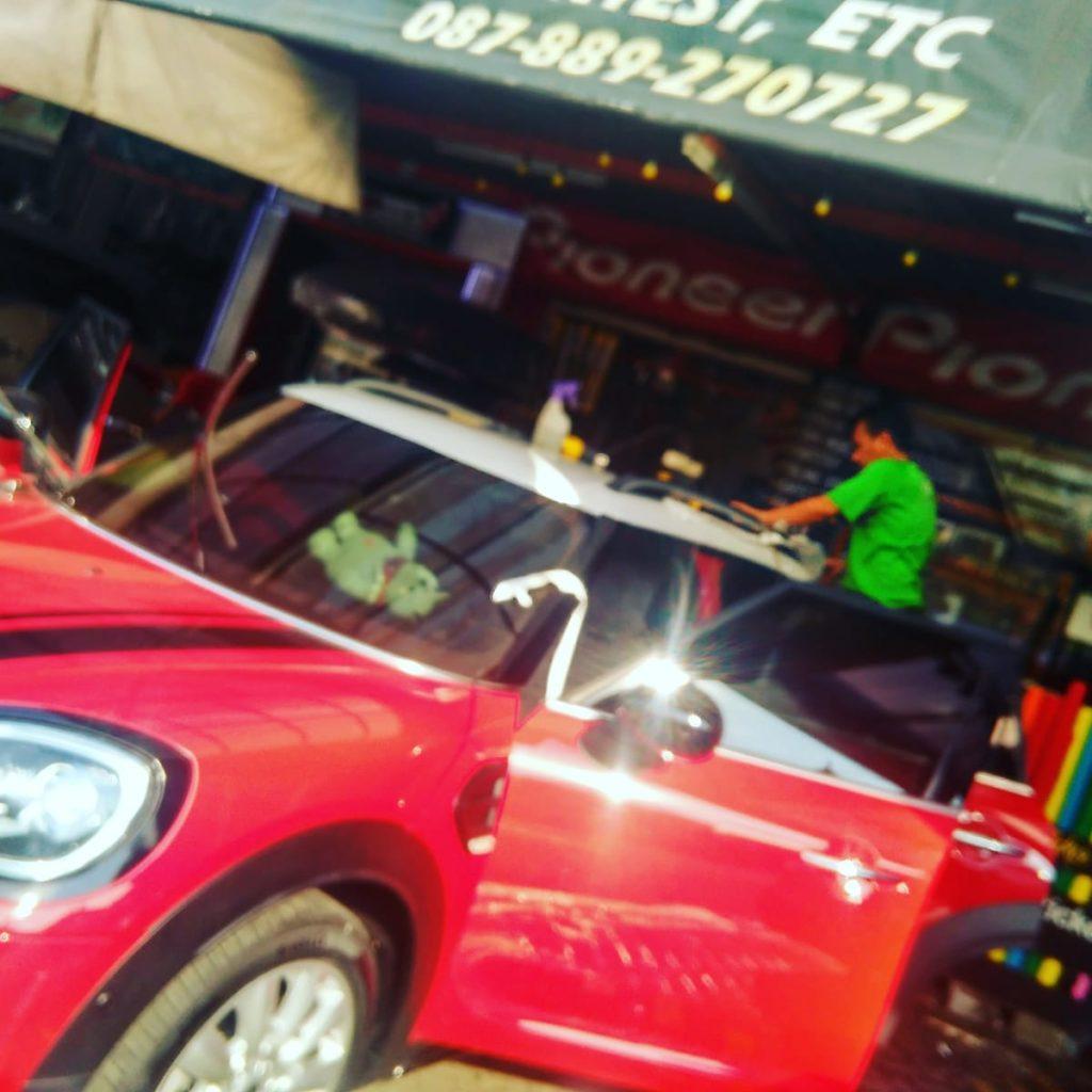 Jasa Pasang Wrapping Sticker Mobil Bogor 2