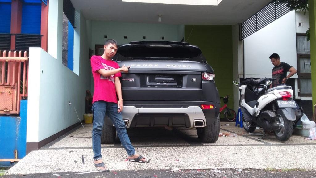 JASA PASANG STICKER MOBIL DI JATIUWUNG 2
